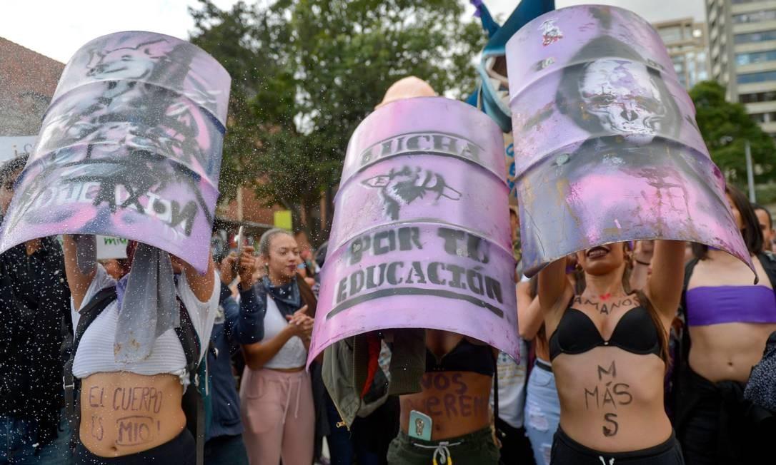 Colômbia: educação foi lembrada por manifestantes como arma para combater o a violência contra a mulher Foto: Raul Arboleda / AFP