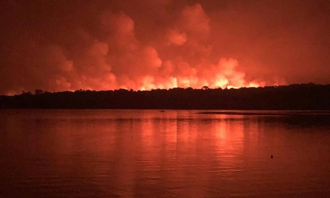 Incêndio na Área de Proteção Ambiental (APA) de Alter do Chão, no Pará Foto: Reprodução redes sociais