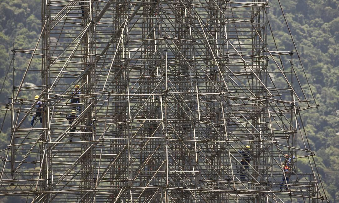 Segundo levantamento feito com apoio da Fundação Getúlio Vargas, atração cria 3,8 mil postos de trabalho temporário, gerando, também, impacto econômico de R$ 189,24 milhões ao município Foto: Márcia Foletto / Agência O Globo