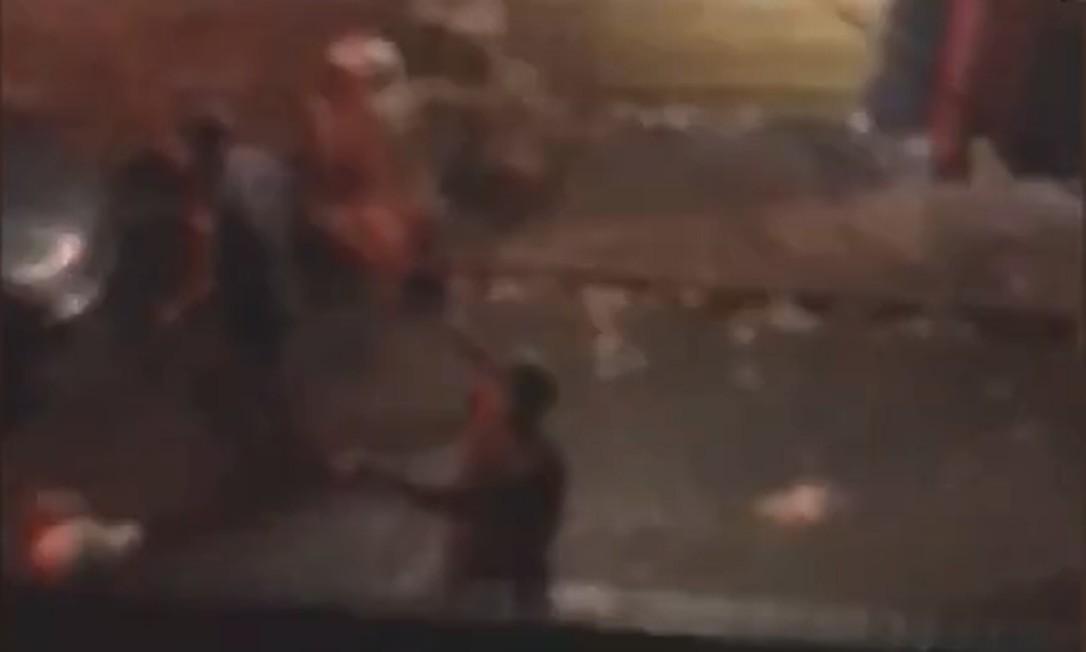 Ao menos nove pessoas morreram pisoteadas durante operação policial em baile funk em São Paulo Foto: Reprodução