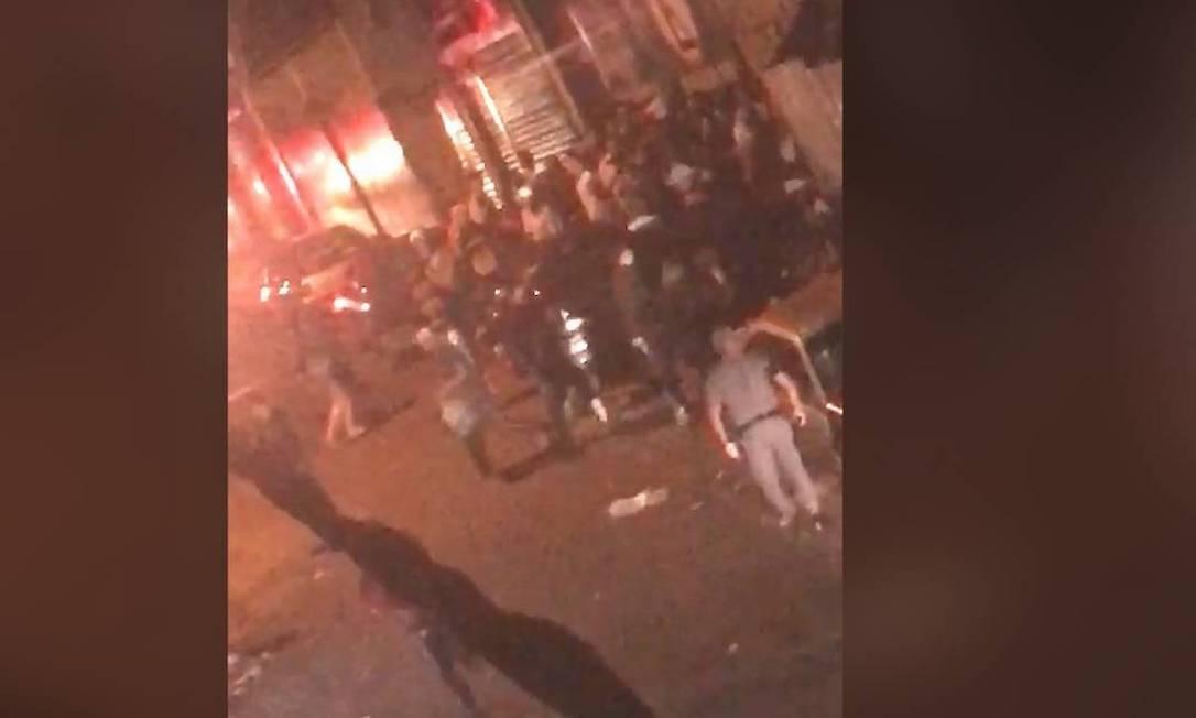 Nove pessoas morreram pisoteadas no fim de semana após ação da polícia na favela de Paraisópolis Foto: Reprodução
