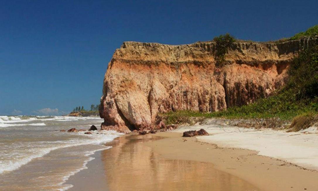 Falésias localizadas no município de São Francisco de Itabapoana Foto: divulgação