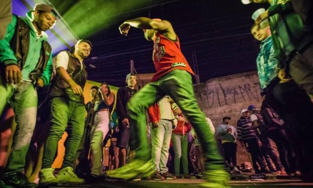 Os pancadões são bailes funk que ocupam ruas e avenidas da periferia de São Paulo Foto: JARDIEL CARVALHO/R.U.A FOTO COLETIVO