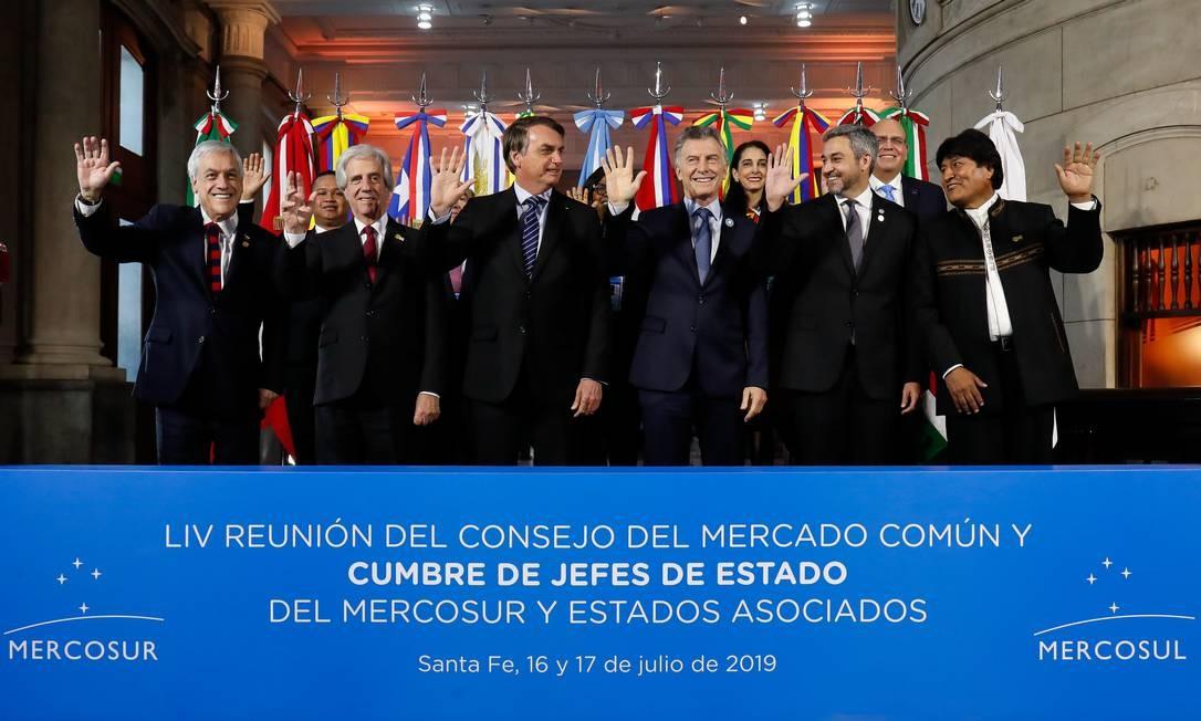 Bolsonaro e os atuais presidentes do Mercosul na cúpula de Santa Fé, Argentina, em julho: mudanças na Argentina e no Uruguai Foto: Alan Santos / Presidência da República/17-7-2019