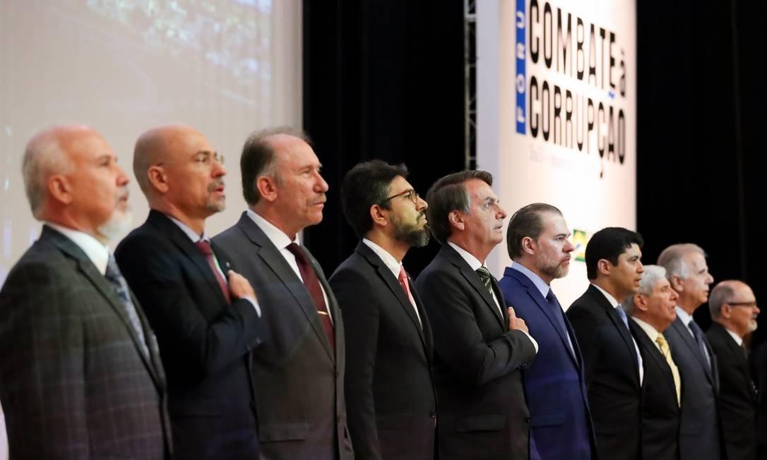 O presidente Jair Bolsonaro participa da abertura do Fórum: 'O Controle no Combate à Corrupção' Foto: Marcos Corrêa / Presidência