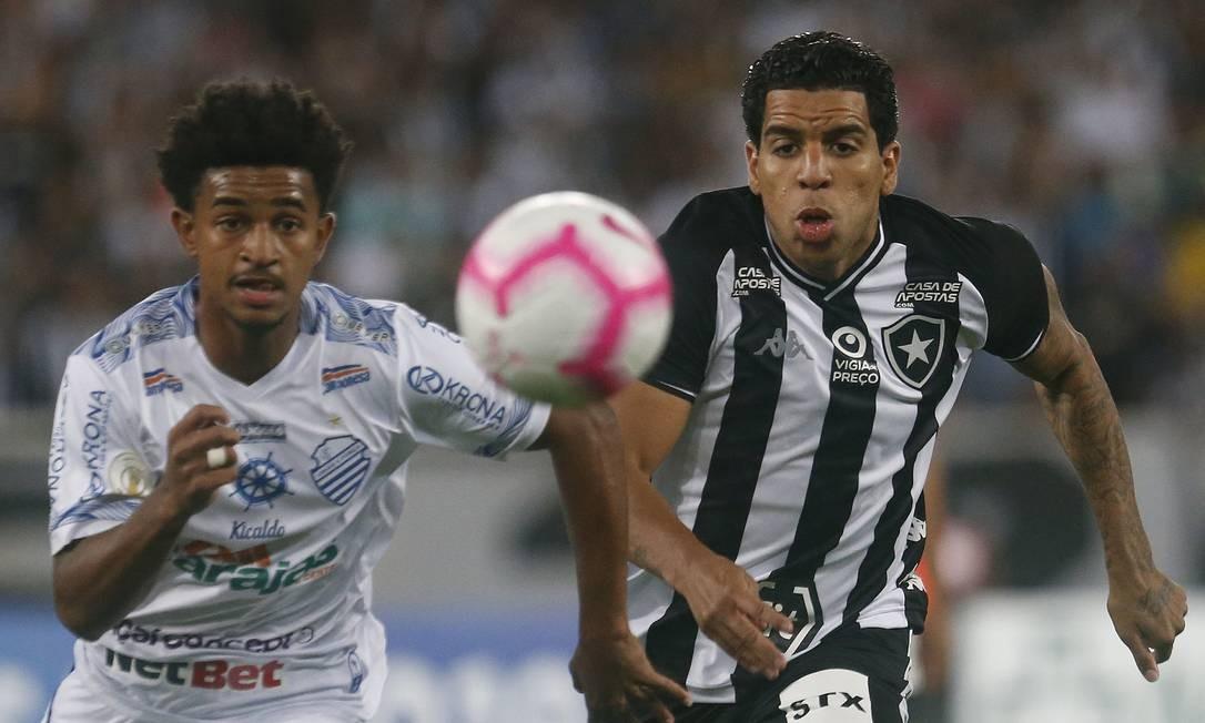 Yuri na vitória sobre o CSA, no Nilton Santos Foto: Vitor Silva/Botafogo / Vitor Silva/Botafogo