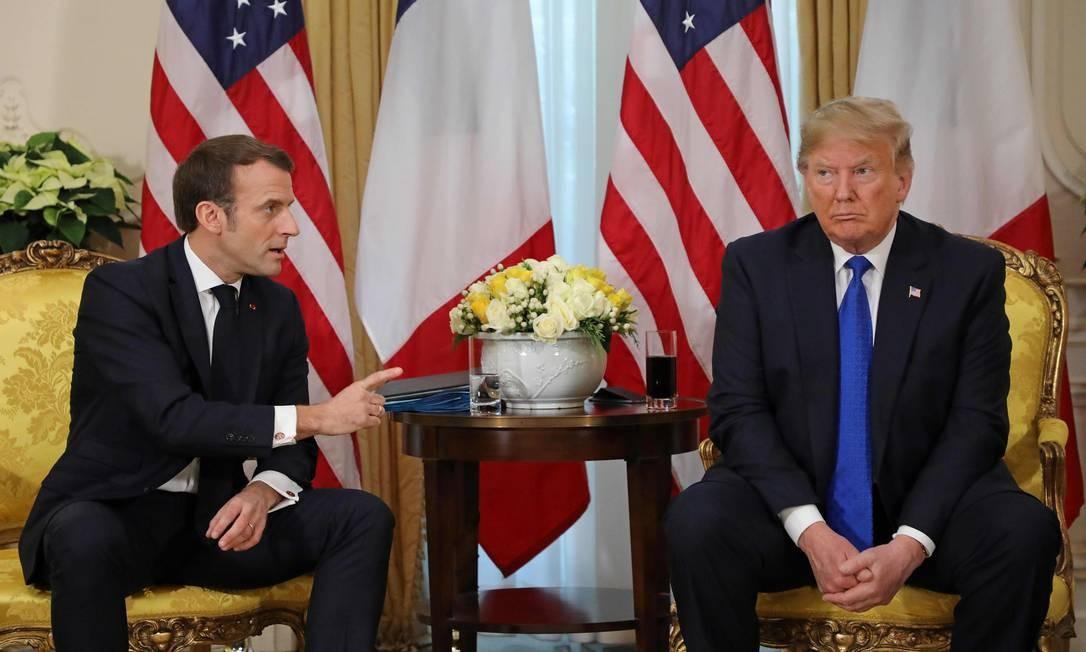 """Em encontro pelos 70 anos da Organização do Tratado do Atlântico Norte (Otan), o presidente da França, Emmanuel Macron, criticou o apoio dos EUA à Turquia na intervenção na Síria: """"Quando olho a Turquia, eles estão combatendo aqueles que lutam conosco"""", disse, deixando claro que """"não compartilham da mesma definição de terrorismo"""" Foto: Ludovic Marin / AFP"""