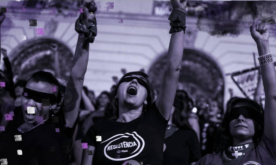 """Cariocas cantam e participam da performance """"Un violador en tu camino"""" na Cinelândia Foto: PILAR OLIVARES / REUTERS"""