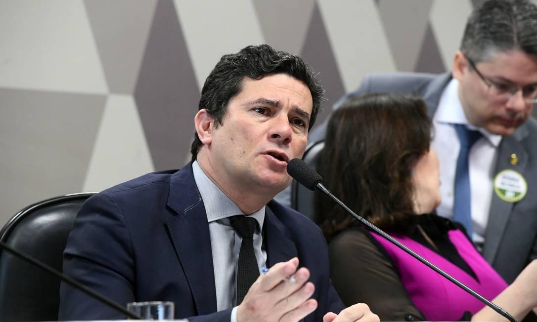 O ministro da Justiça, Sergio Moro, em audiência pública na CCJ do Senado Foto: Marcos Oliveira / Agência Senado