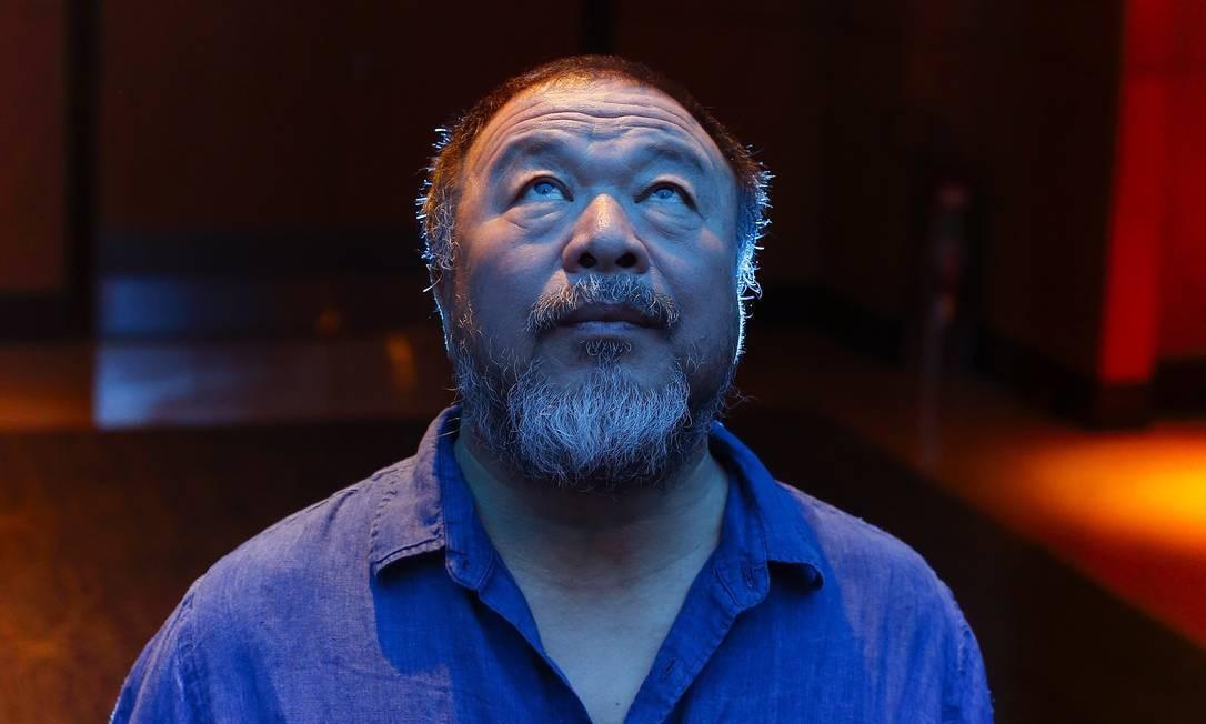 O Artista chinês Ai Weiwei durante visita a São Paulo, em outubro de 2017 Foto: Edilson Dantas / Agência O Globo