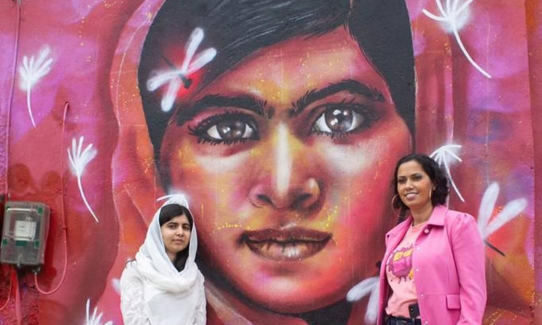 Panmela Castro com a ativista Malala Yousafzai, no Rio de Janeiro Foto: Arquivo pessoal / Ana Luiza Marques