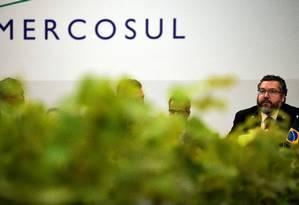 Chanceler brasileiro Ernesto Araujo durante reunião do Mercosul em Bento Gonçalves, nesta quarta-feira. Foto: CARL DE SOUZA / AFP