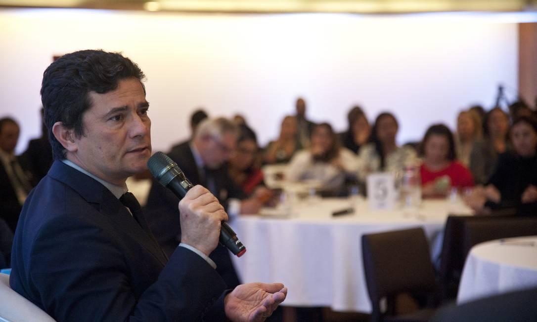 Cotado para o STF, Moro disse achar inapropriado hoje o debate sobre a sucessão dos ministros Foto: Adriana Lorete / Agência O Globo