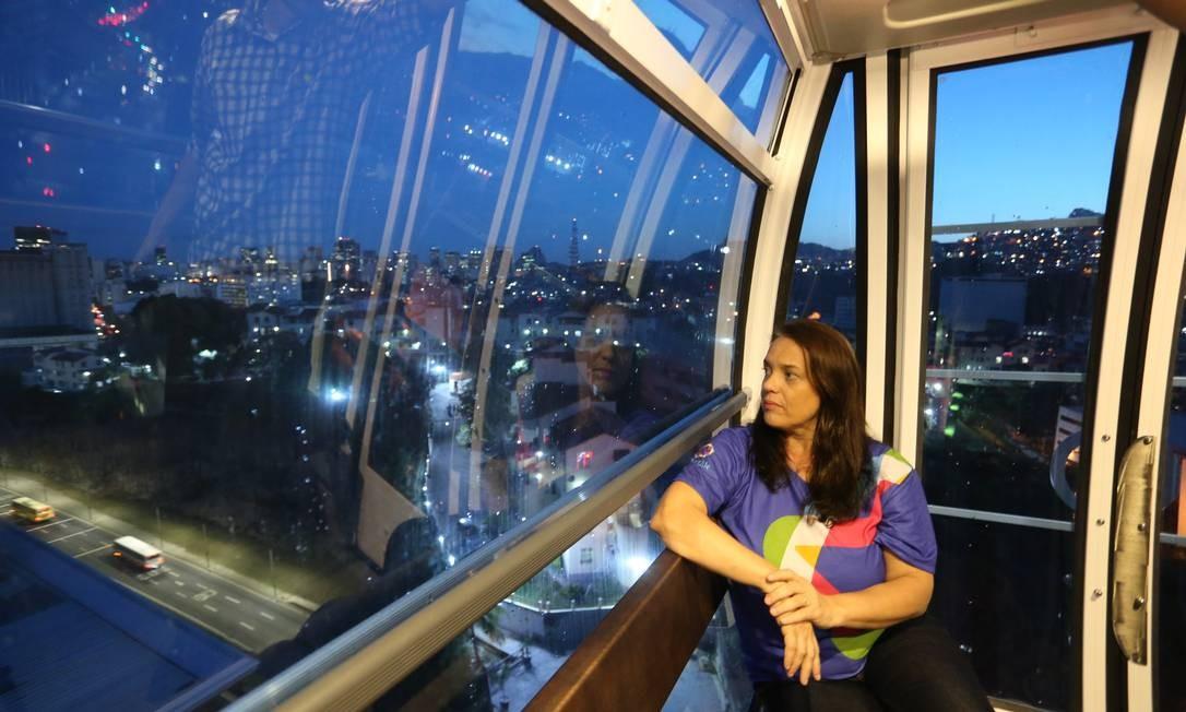 Durante o giro da roda-gigante, é possível avistar 10 pontos turísticos do Rio Foto: Marcia Foletto / Agência O Globo