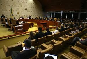 Para a maioria dos ministros é necessário haver uma decisão judicial, na qual não caibam recursos, para suspender os diretórios Foto: Jorge William / Agência O Globo