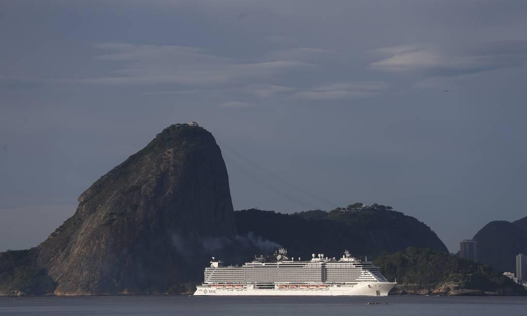 Começa a temporada de cruzeiros no Rio Foto: Pablo Jacob / Agência O GLOBO