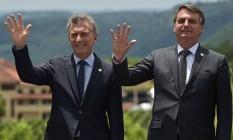 Os presidentes da Argentina, Mauricio Macri, e do Brasil, Jair Bolsonaro, durante reunião de cúpula do Mercosul, em Bento Gonçalves Foto: Carl de Souza/AFP/05-12-2019