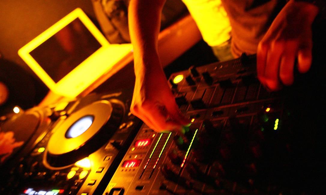 DJ é uma das categorias ligadas à cultura que podem deixar de ser MEI em 2020 Foto: André Coelho