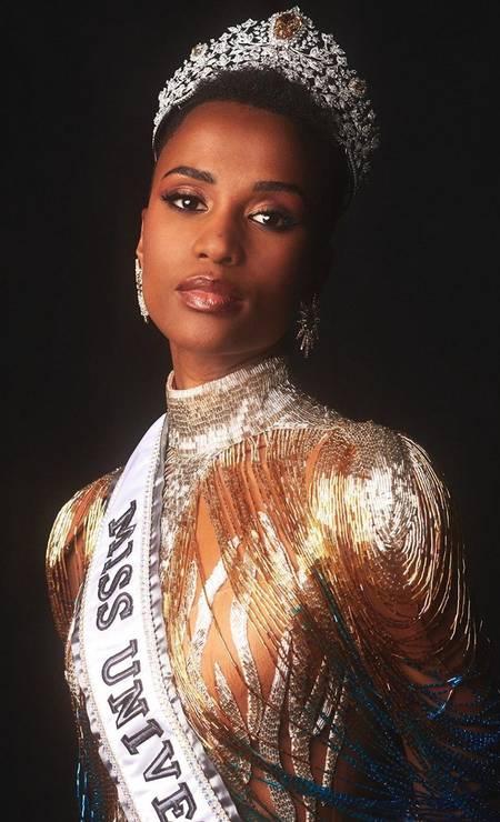 A Miss África do Sul, Zozibini Tunzi, foi coroada como Miss Universo no domingo, no concurso que aconteceu na Geórgia, Estados Unidos Foto: Reprodução/Instagram