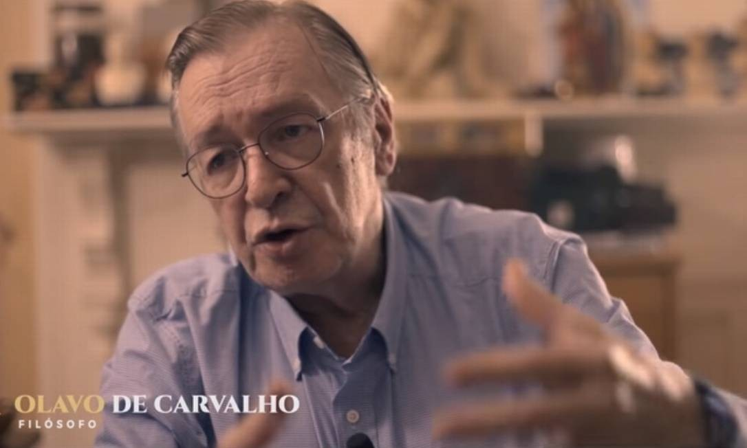 Olavo de Carvalho em cena da série Brasil: a última cruzada, que será exibida pela TV Escola Foto: Reprodução/Youtube