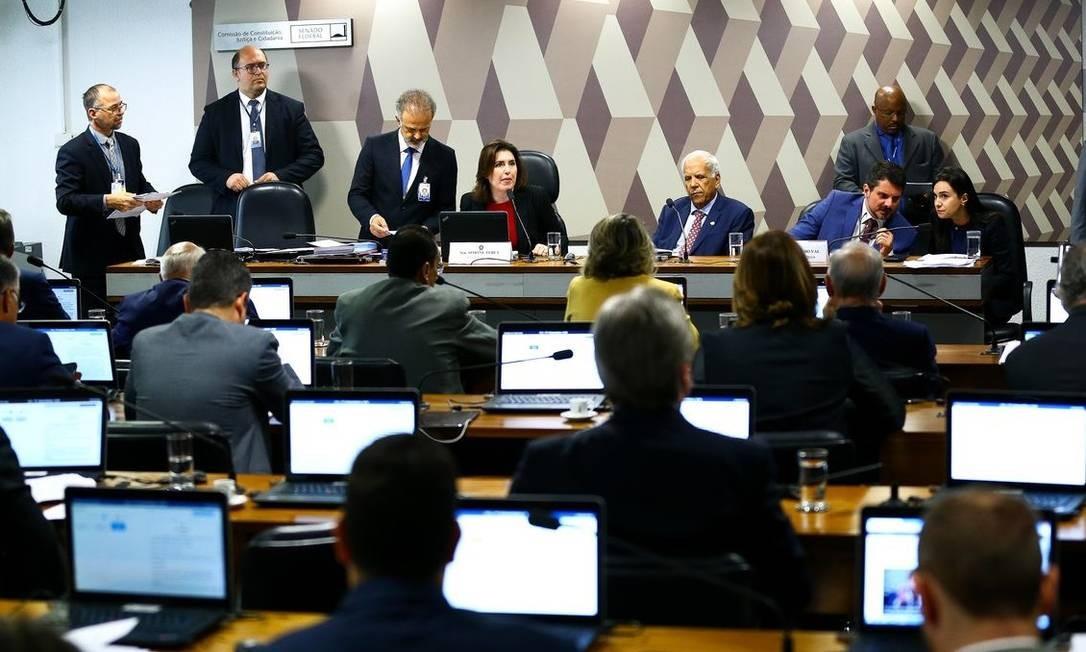 Aprovada na CCJ, a PEC segue para apreciação do plenário do Senado Foto: Agência Brasil