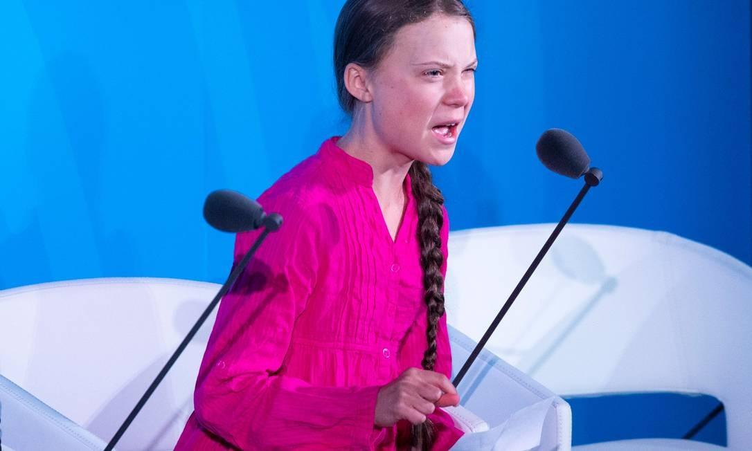 Greta Thunberg disse a líderes de 60 nações que sua infância foi roubada pelo que chamou de palavras vazias dos líderes mundiais, durante a Cúpula do Clima na ONU, em Nova Iorque, em setembro, e comoveu o mundo Foto: Johannes Eisele / AFP