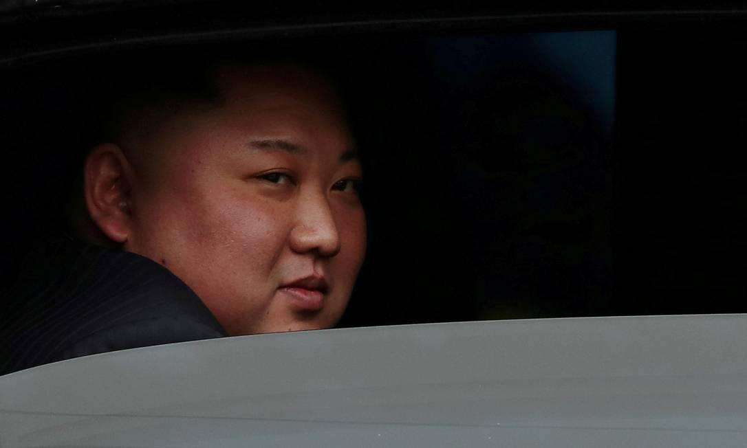 Kim Jong-un, líder supremo da Coreia do Norte, antes de reunião bilateral com Donald Trump no Vietnã, em fevereiro. Encontro marcou o fracasso das negociações sobre o programa nuclear do país Foto: Athit Perawongmetha / REUTERS