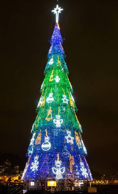 A Árvore da Lagoa é considerada o terceiro maior evento anual da cidade e faz parte do calendário oficial do estado Foto: Divulgação