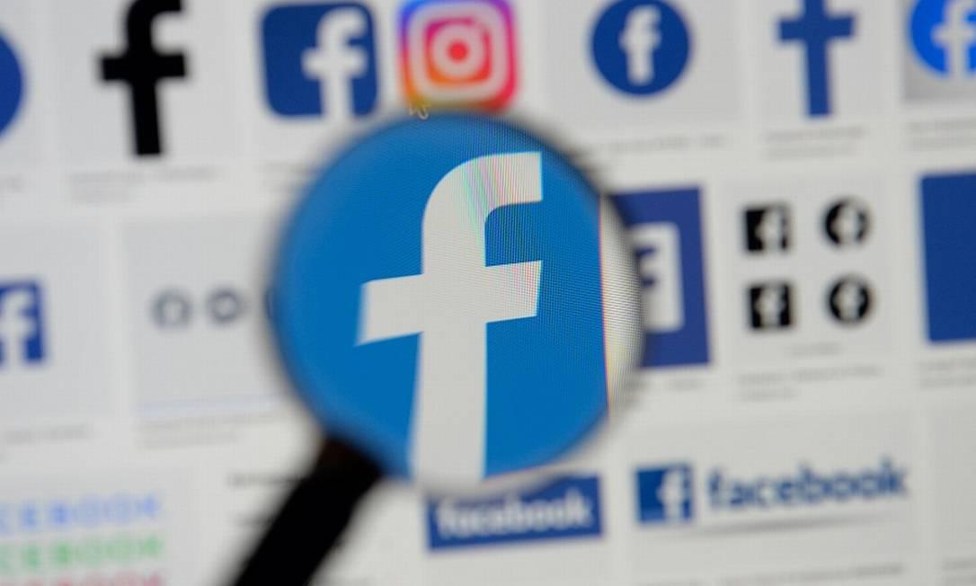 Facebook rastreia localização de usuários mesmo que função esteja desativada Foto: Johanna Geron / REUTERS