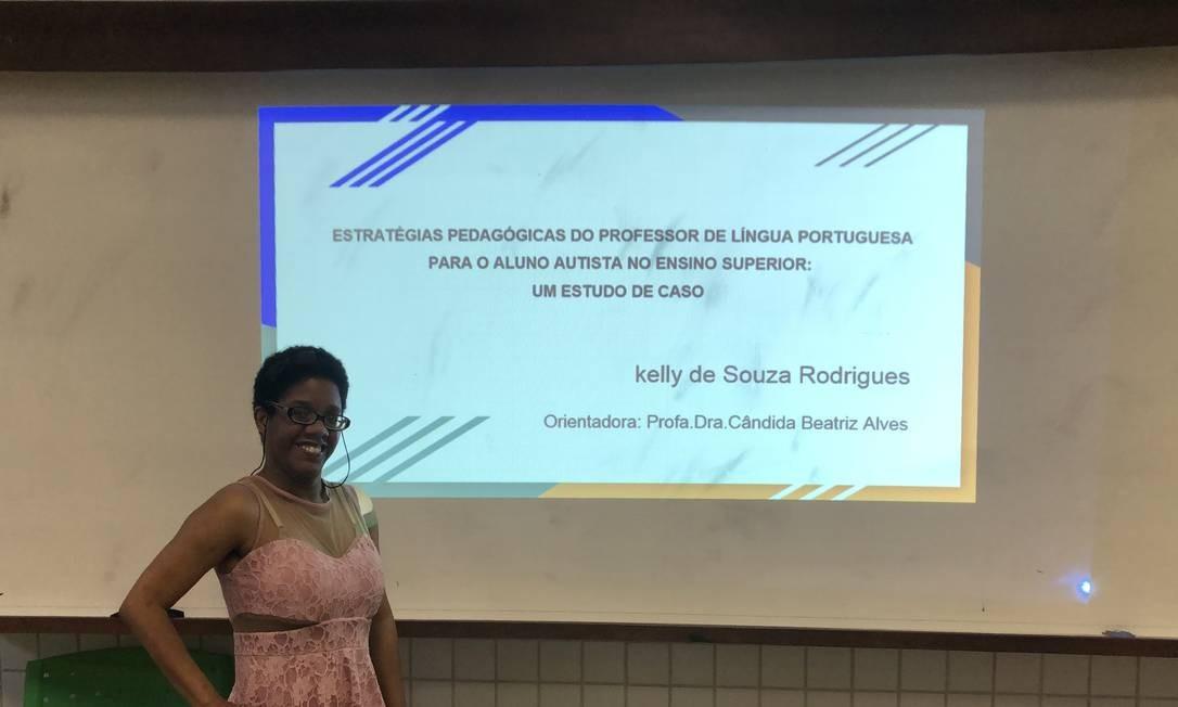 Kelly de Souza apresentou nesta semana seu trabalho de conclusão na faculdade de Letras Foto: Carol Pires