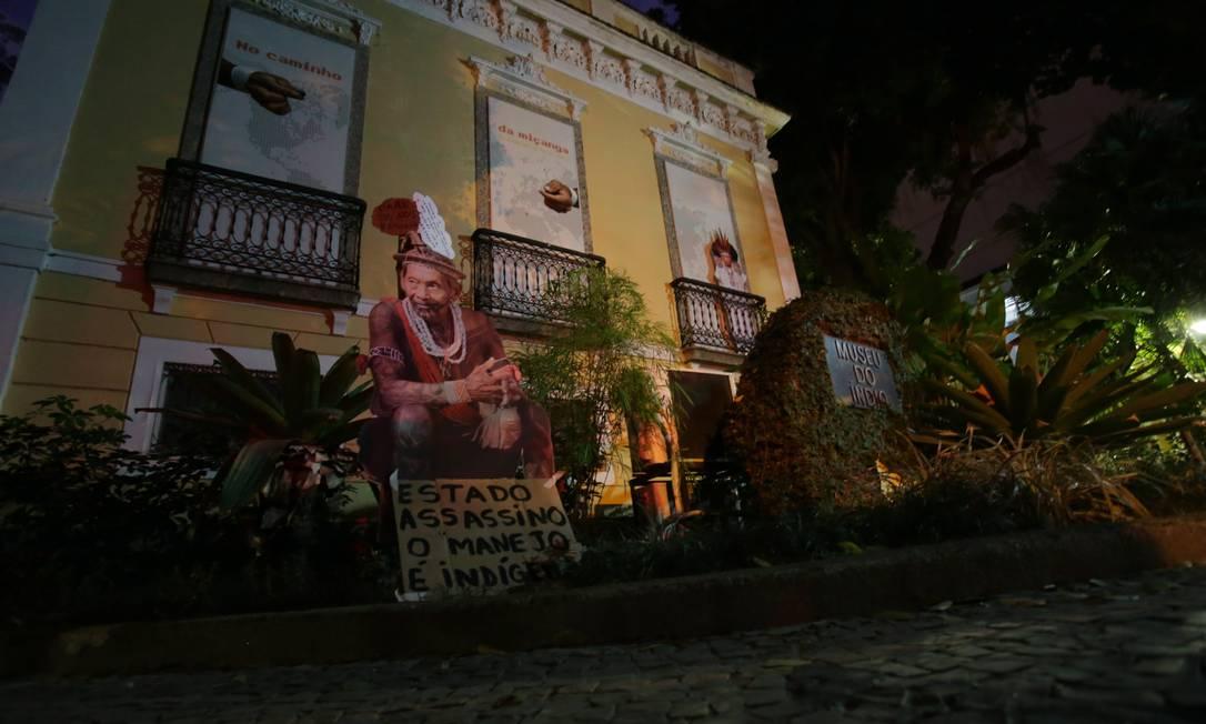 A fachada do museu em Botafogo: acervo fechado desde 2016 Foto: Roberto Moreyra / Agência O Globo
