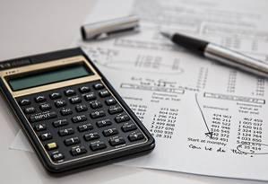 Pesquisa mostra que 40,8% das publicidades sobre crédito têm asteriscos ou letras pequenas que dificultam a leitura Foto: Pixabay