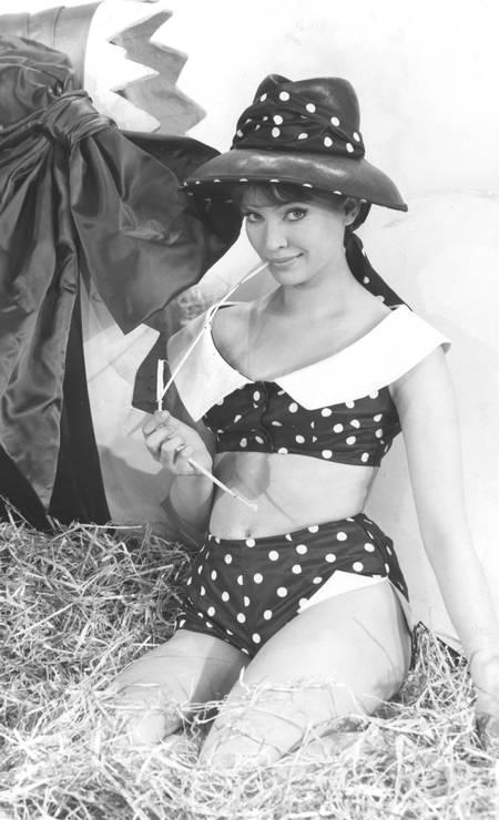 Anna Karina posa para fotos em 1962 Foto: Divulgação
