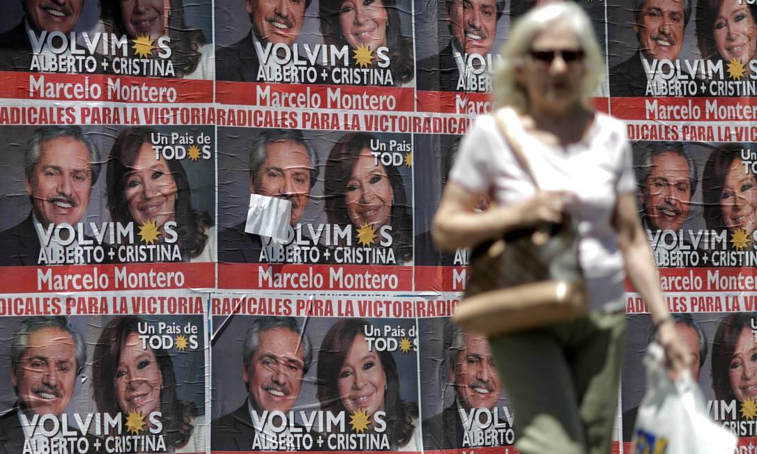 Argentinos já enfrentaram oito moratórias desde a independência do país, em 1816 Foto: Ueslei Marcelino / Reuters