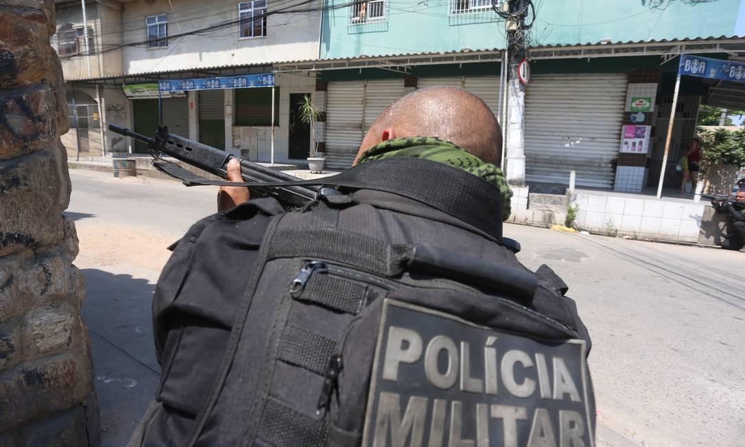 Mortes durante confronto com a polícia bateram o topo da série histórica, com 1.686 casos Foto: Fabiano Rocha / Agência O GLOBO