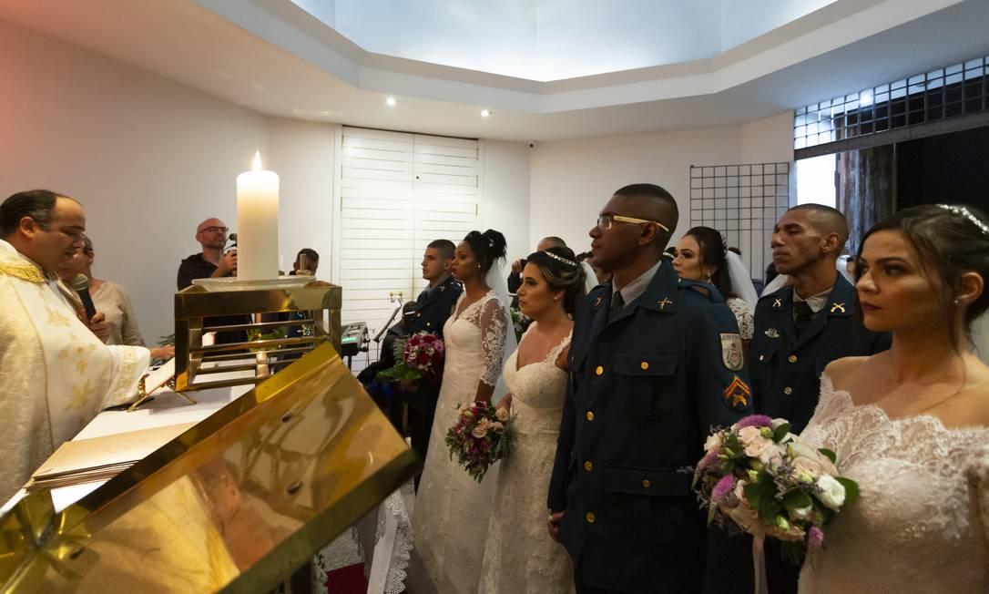 O Tribunal de Justiça apoiou a iniciativa, com a isenção das taxas pelo registro civil do matrimônio Foto: Leo Martins / Agência O Globo