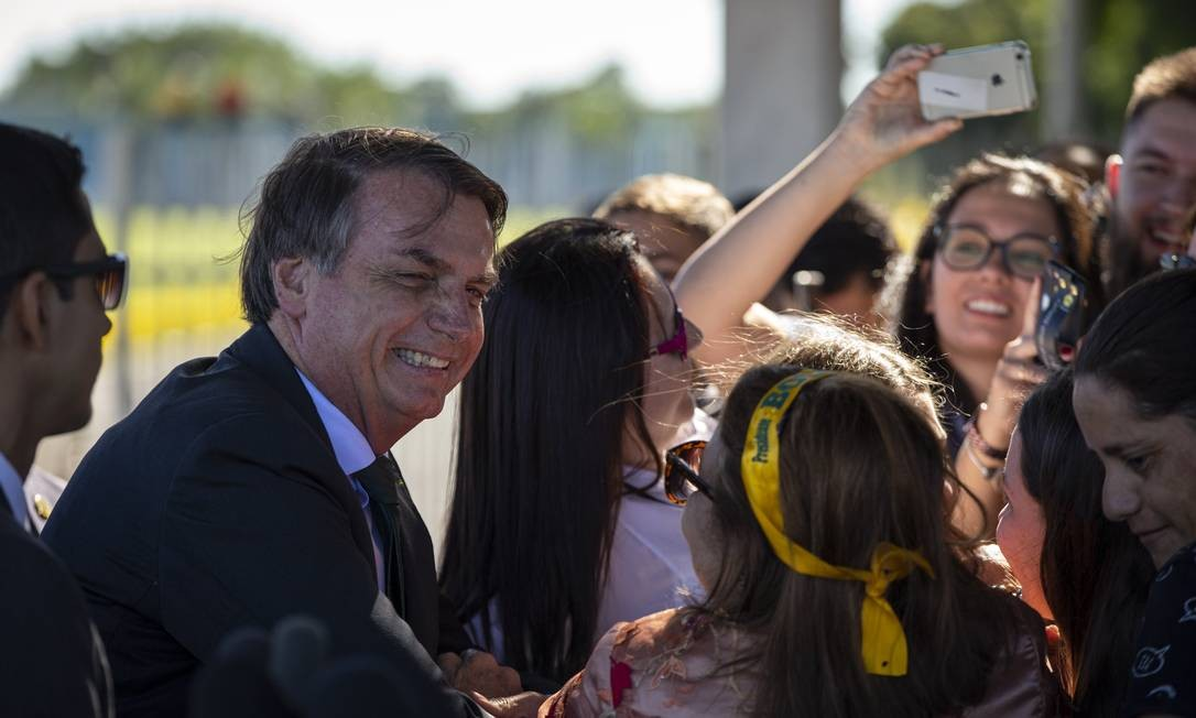 O presidente detalhou como aconteceria a 'fotografia educativa' Foto: Daniel Marenco / Agência O Globo