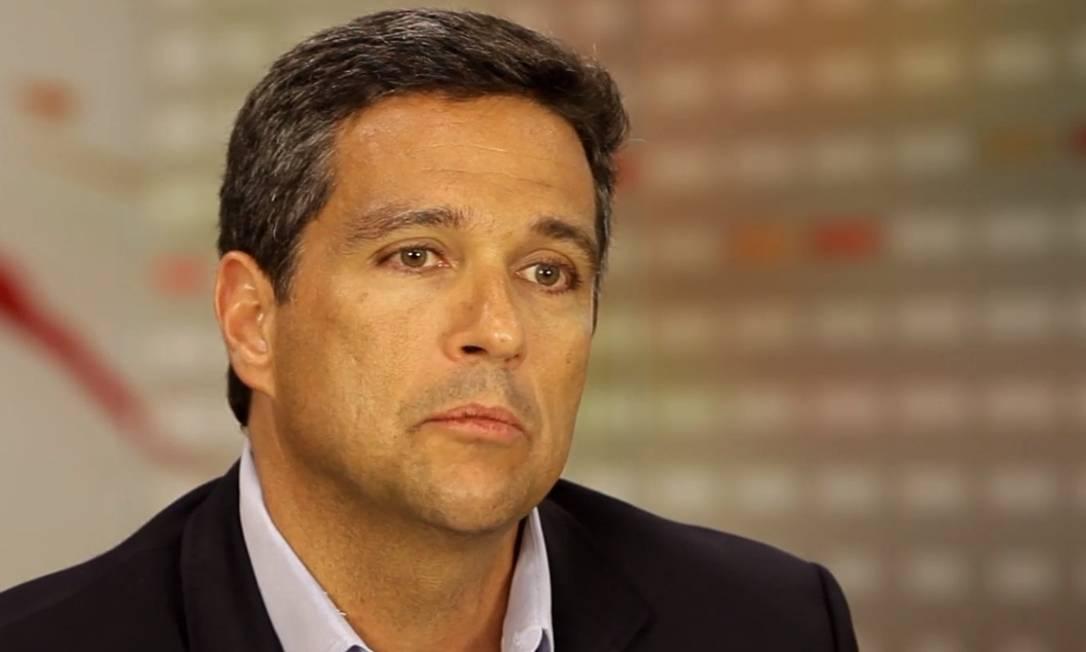 Roberto Campos Neto, presidente do BC, diz que o banco não se pronuncia sobre temas fiscais, mas admite impacto de novo imposto sobre sistema financeiro Foto: Reprodução