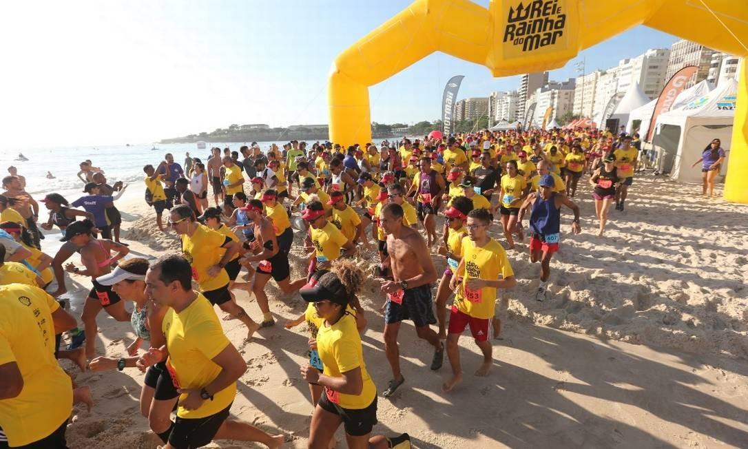 Quatro mil competidores participaram da etapa de Copacabana do Circuito Rei e Rainha do Mar, apresentado pela Shell Foto: Marco Sobral/G.LAB