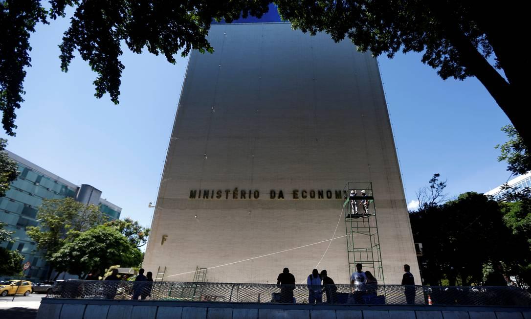 Fachada do Ministério da Economia, em Brasília Foto: Adriano Machado / Reuters