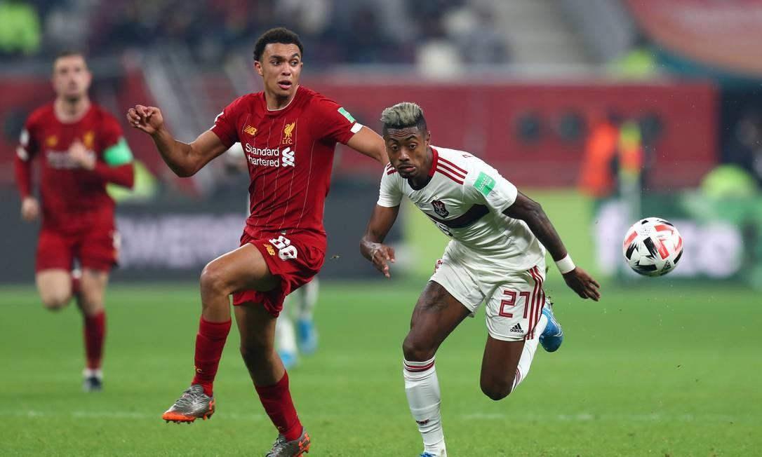 Entenda como as novas regras do futebol chinês interferem no interesse em Bruno Henrique, do Flamengo Foto: IBRAHEEM AL OMARI / REUTERS