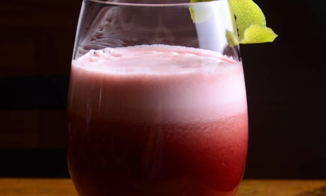 Bar Leblon: A casa sugere o suco de abacaxi com uva, acerola, caju e mel (R$ 24). Av. Ataulfo de Paiva, esquina com a Rua Rita Ludolf, 1.321, Leblon - 3596-3996. Foto: Divulgação/ Rio ArtCom