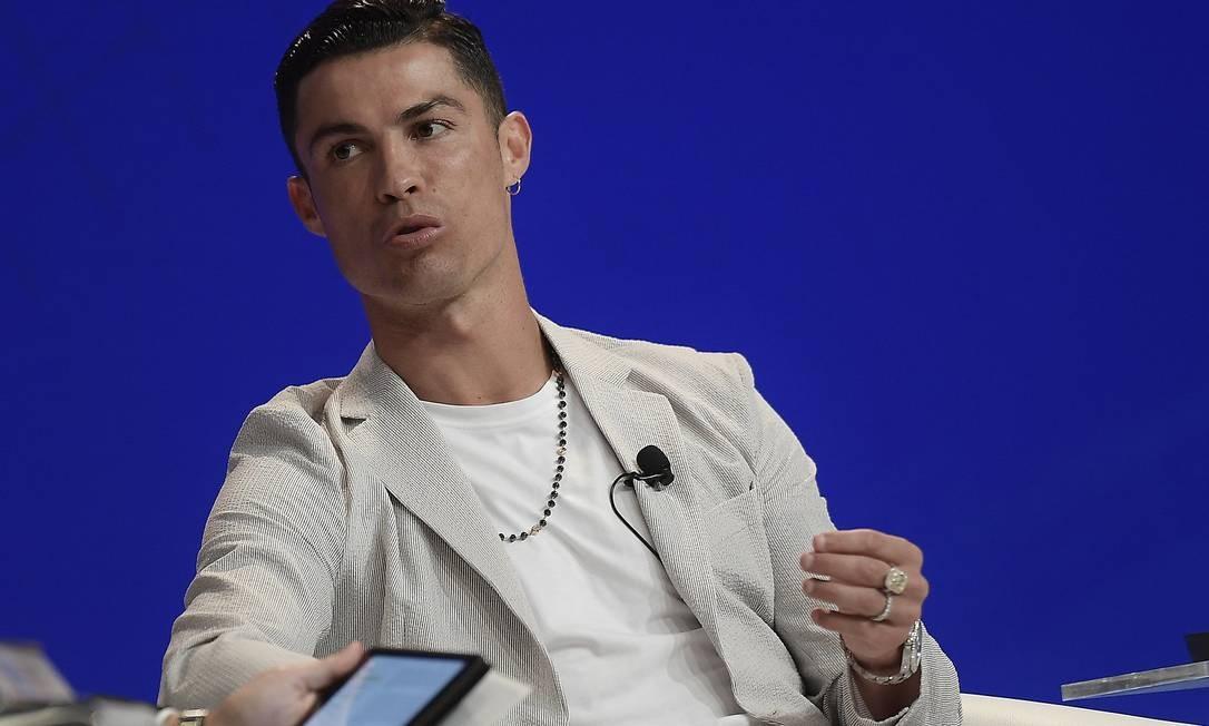 Cristiano Ronaldo fala em palestra durante o Dubai International Sports Conference Foto: Fabio Ferrari / LAPRESSE | Dubai International Sports Conference