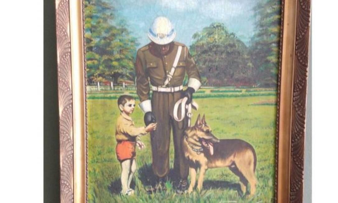 Pintura que homenageia o policial Muniz, o cão Dick e o menino Eduardinho, resgatado pela dupla nos anos 1950 Foto: PMSP