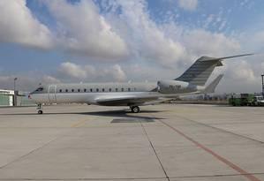 O jato Bombardier Global Express, registrado como TC-TSR, foi um dos utilizados por Ghosn na fuga do Japão para o Líbano Foto: MNG Jet