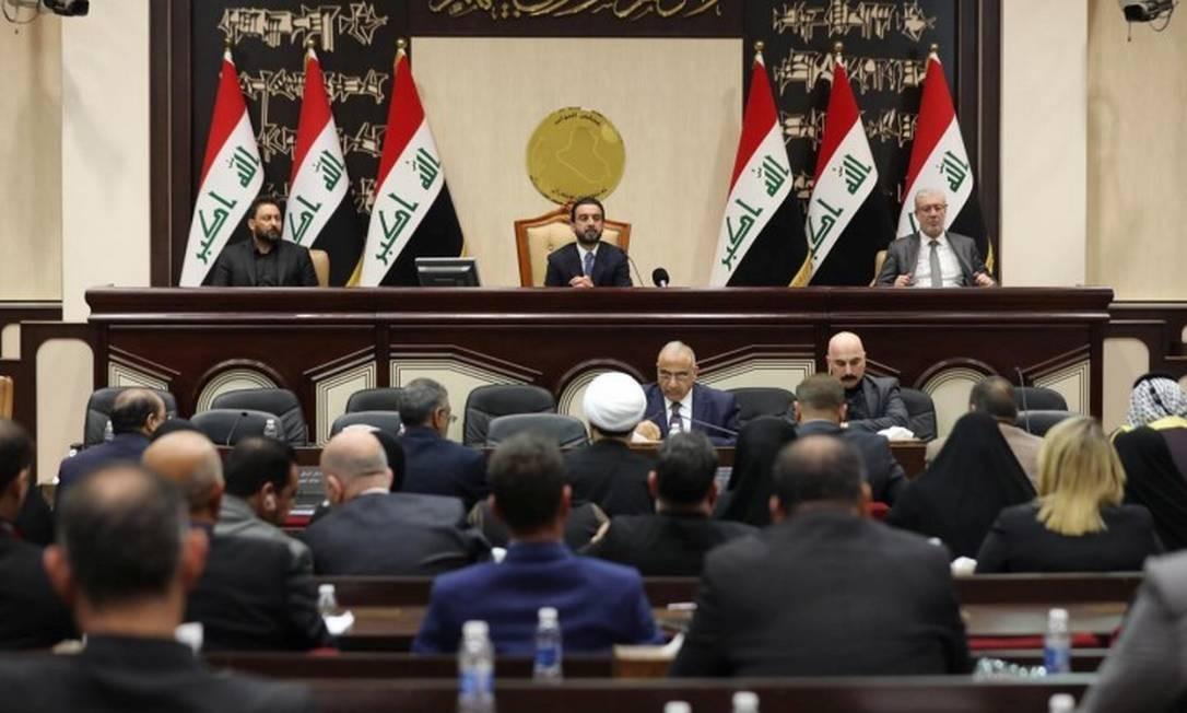 Parlamento iraquiano realiza sessão extraordinária para votar expulsão de tropas americanas do país Foto: HANDOUT / REUTERS