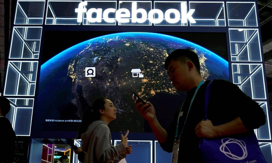 Facebook quer combater a circulação de 'deepfakes' criados para desinformar Foto: Aly Song / REUTERS