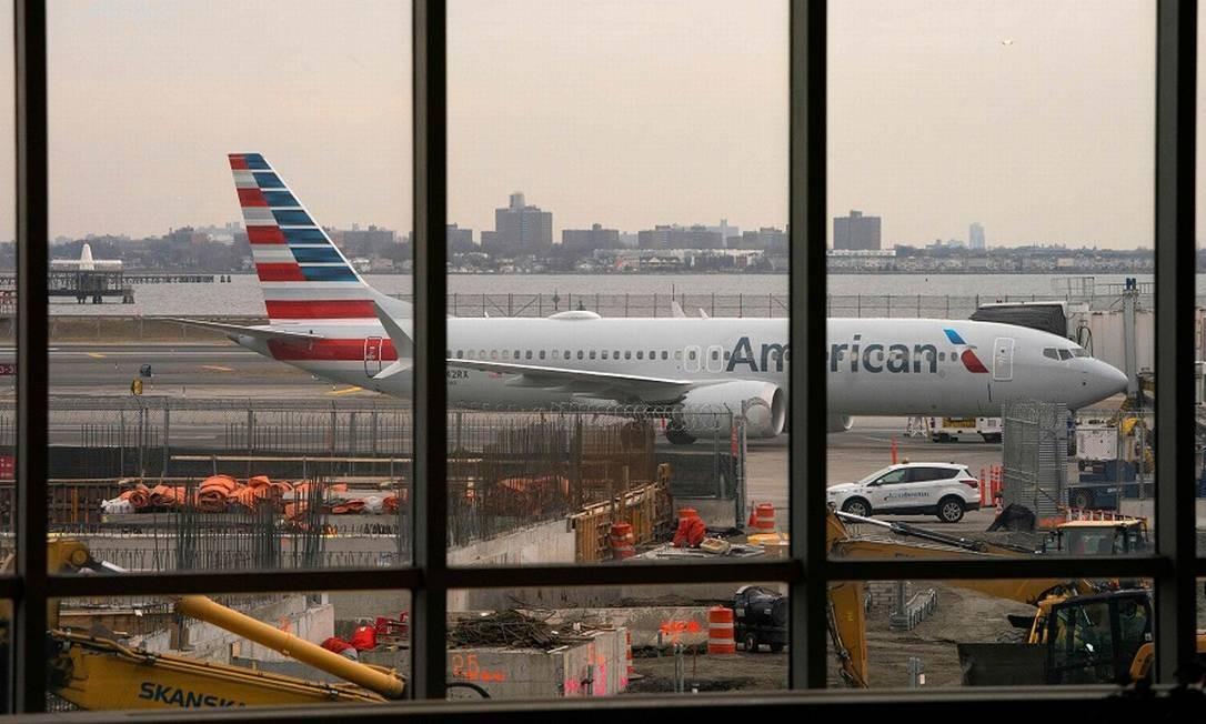 Um Boeing 737 Max no aeroporto La Guardia, em Nova York. Foto: DON EMMERT / AFP