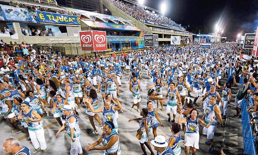 Ensaio técnico da Portela no pré-carnaval de 2017: evento deste ano depende de patrocínio Foto: Roberto Moreyra / Agência O GLOBO