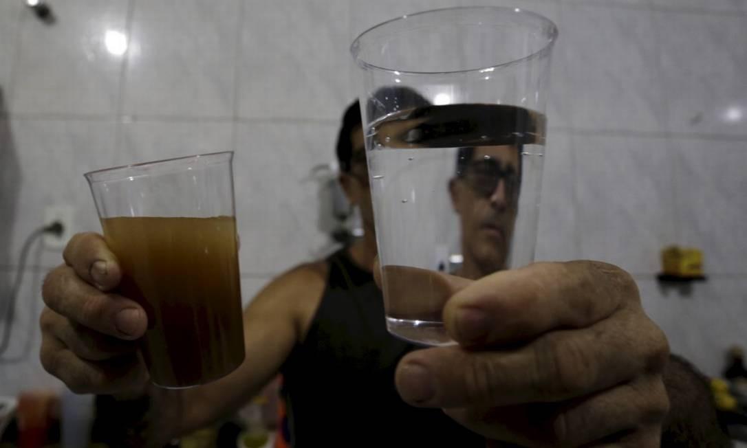 O que se sabe e o que falta explicar sobre a água da Cedae com cor e odor alterados em bairros do Rio